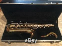 Buescher 400 Tenor Saxophone with case
