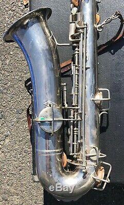 Buescher true tone silver tenor saxophone Case
