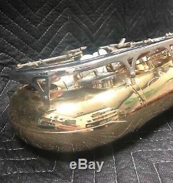 Bundy BTS-300 Tenor Saxophone Outfit Lacquer, Case