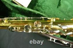 KING SUPER 20 TENOR SAXOPHONE SERIES V with CASE VERY GOOD CONDITION Early 1970's