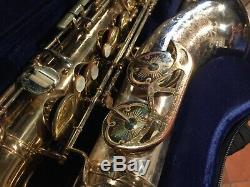 King Super 20 Silversonic 1965 tenor saxophone with case