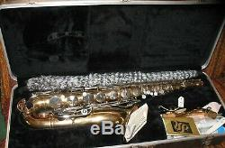 Selmer Bundy Tenor Saxophone w case and extras