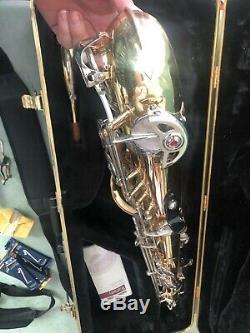 Selmer TS500 Tenor Saxophone & Case Accessories