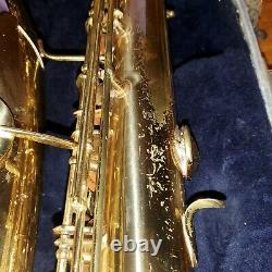 VTG CONN Shooting Star Tennor Saxophone With Case Has Scratches & Dent on Bottom