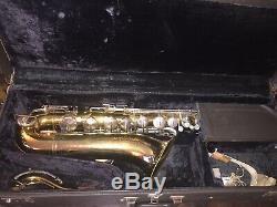 Vintage 1970-1975 SELMER Bundy Tenor Saxophone 593238 Hard Travel Case Accessory