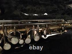 Vintage BUESCHER Super400 Tenor Saxophone with hard case Used