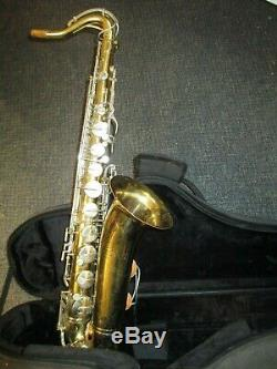 Vintage Buescher Aristocrat Tenor Saxophone Ser. #639XXX with ProTec Case