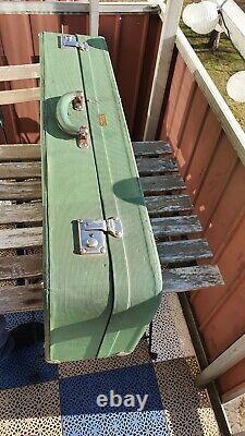 Vintage Selmer mark vi tenor saxophone case etui green from 1958