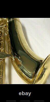 Yamaha Tenor Purple Logo Saxophone YTS-61 with original locking hard case MINT