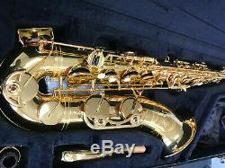 Yamaha tenor saxophone yts-62 with case