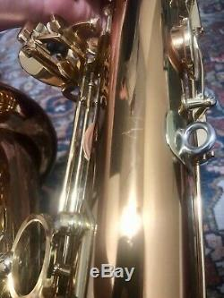 Yanagisawa T-WO2 Professional tenor sax in excellent condition. With Case